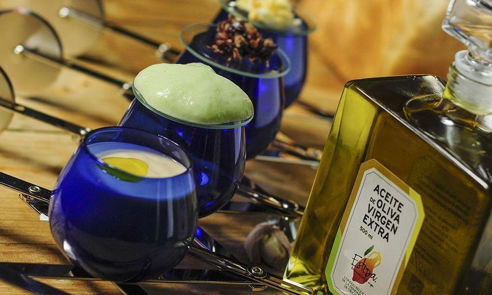 Mazamorra de queso hecha con aceite de oliva virgen extra hojiblanca