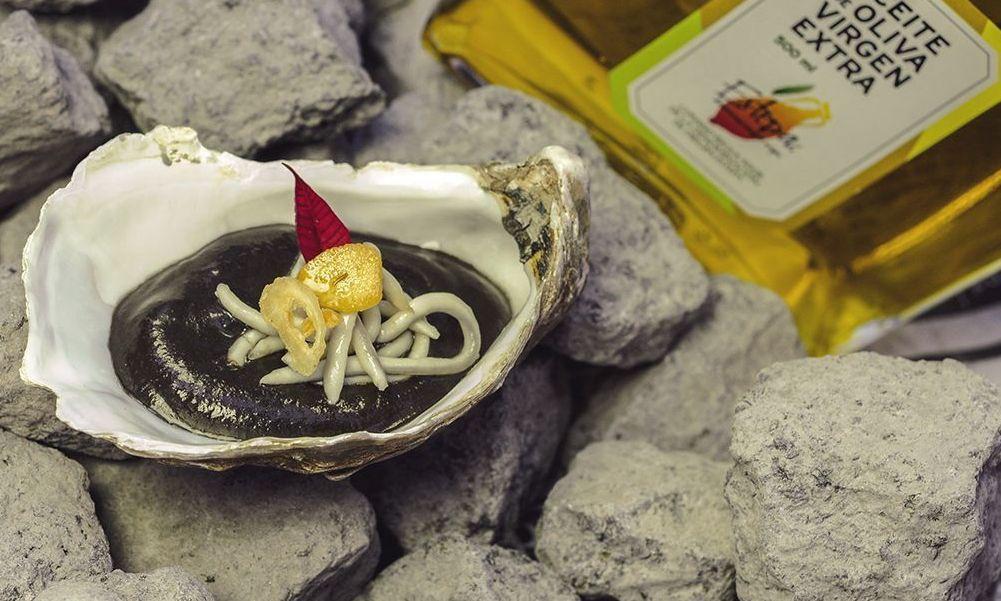 Salmorejo de tinta de calamar