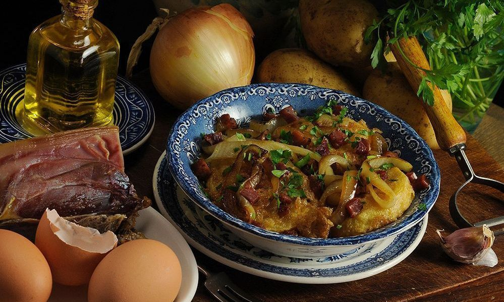 Patatas a la importancia eleaboradas con el mejor virgen extra