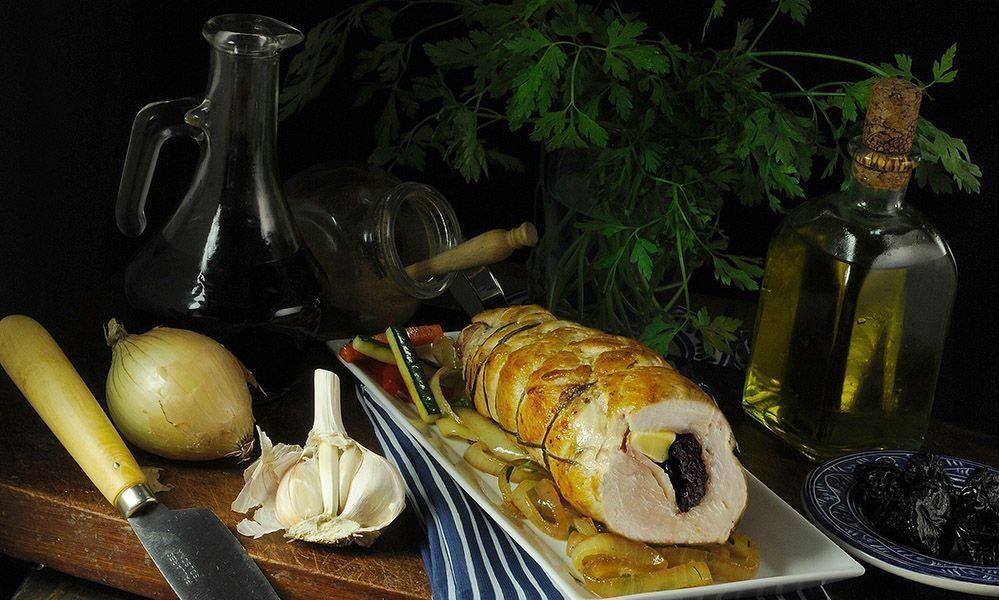 Pechuga de pavo rellena hecha con el mejor aceite de oliva virgen extra