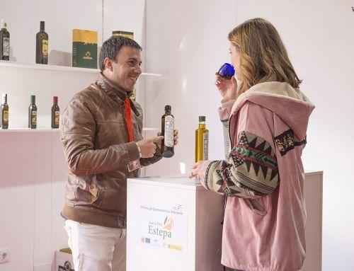 La D.O.Estepa expone sus aceites frescos en la X Feria de Gastronomía de la Diputación de Sevilla