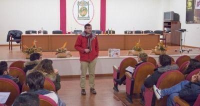 Visita de la Universidad de Sevilla a la Denominación de Origen Estepa
