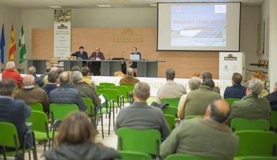 Conferencia sobre riego en el Olivar