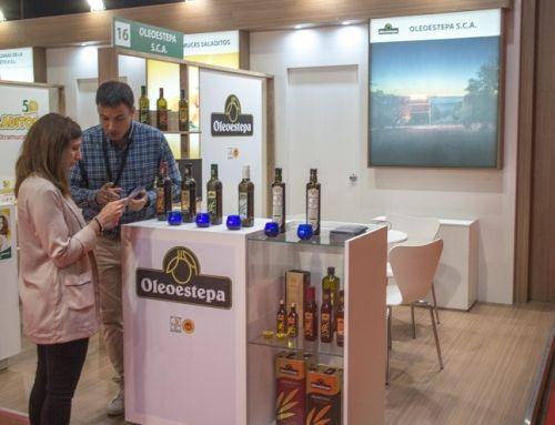 Los aceites de la D.O.P.Estepa inundan tierras gallegas con sus sabores premiados